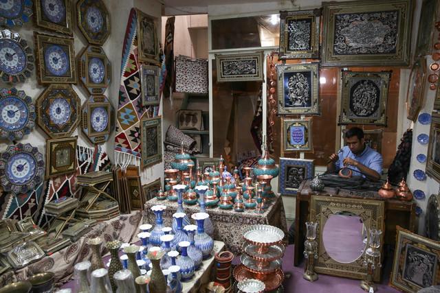 تجهیز کارگاه های 5 روستای هدف صنایع دستی در لرستان